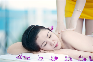 REINA Spa & Massage